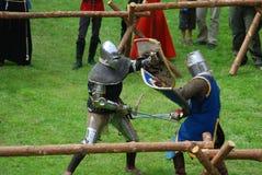 footed średniowieczni rycerze, walka Obraz Royalty Free