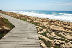 Footpath along the promenade by the sea Royalty Free Stock Photography