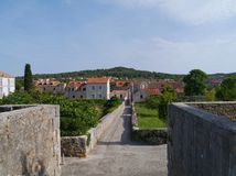 Footpath in the city Stari Grad in the Mediterranean Royalty Free Stock Photography