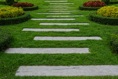 Footpath in garden Royalty Free Stock Photos