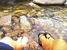 Foots, nawadnia, kamienie i przepływ zdjęcie stock