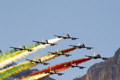 Força aérea especial italiana da unidade - Frecce Tricolori - Imagens de Stock
