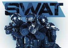Forças especiais da polícia do golpe com rifle Fotografia de Stock
