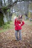 Forêt d'automne de fille Photos libres de droits