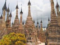 Forêt de Stupas du Paya Image libre de droits
