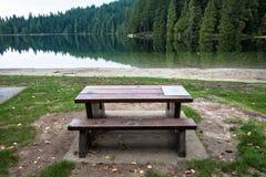 Forêt et lac Photographie stock