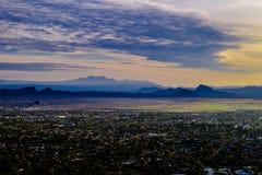 Forêt et montagnes dans Sedona, Arizona Photographie stock libre de droits