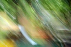 Forêt légère brouillée - beauté de fond Photographie stock libre de droits