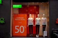 50% fora da venda em Benetton Imagens de Stock Royalty Free
