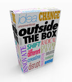 Fora das palavras da caixa na inovação do pacote do produto Foto de Stock