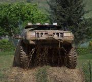 Fora do espirro da lama do jipe da estrada Imagem de Stock