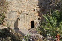 Fora do túmulo de Jesus Fotografia de Stock