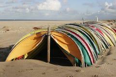 Fora dos abrigos do vento da estação Imagem de Stock Royalty Free