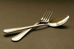 Forchetta e cucchiaio fotografie stock