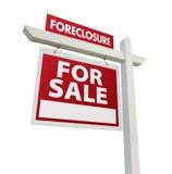 Forclosure da vendere il segno del bene immobile Immagini Stock Libere da Diritti