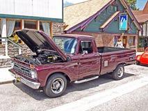 Ford 1966 trasporta Fotografia Stock