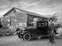 Ford Car d'annata, grande depressione, agricoltore, azienda agricola Immagini Stock Libere da Diritti
