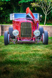 Ford Cherry Red Hot Rod 1932 - ritratto di Mstr Immagine Stock