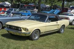 Ford-convertibel mustang Stock Foto's