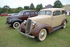 Ford de luxe et classiques de vintage de Chevrolet Photo libre de droits