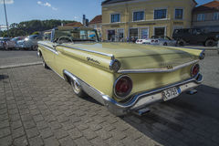 1959 Ford Fairlane 2 πόρτα μετατρέψιμη Στοκ Εικόνες