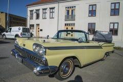 1959 Ford Fairlane 2 Convertibele Deur Royalty-vrije Stock Foto's