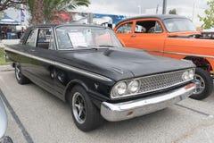 Ford Fairlane 1963 på skärm Arkivfoton