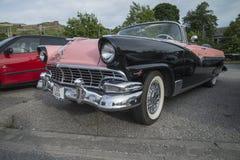 1956 Ford Fairlane Sunliner μετατρέψιμο Στοκ Εικόνες