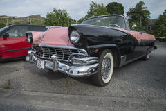 Ford Fairlane Sunliner Convertible 1956 Foto de Stock