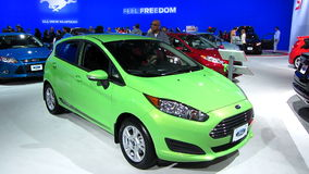 Ford Fiesta an der Automobilausstellung stock video footage