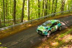 Ford Fiesta R5 på Miskolc samlar Ungern Arkivbilder