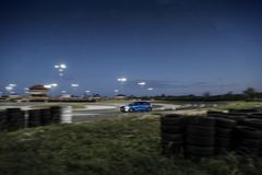 Ford Focus στη διαδρομή στοκ εικόνα με δικαίωμα ελεύθερης χρήσης