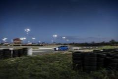 Ford Focus op spoor royalty-vrije stock afbeelding