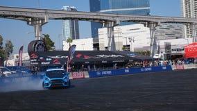 Ford Focus RS przy samochodowym przedstawieniem zdjęcie wideo