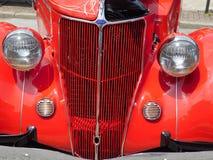 Ford Front Grill clássico fotografia de stock royalty free