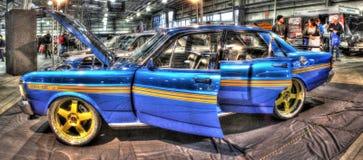 Ford 351 gt på skärm på bilshowen Royaltyfri Foto