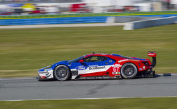 Ford GT racerbil på den Daytona speedwayen Florida Royaltyfri Fotografi