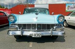 Ford i ljus - blått Arkivbild