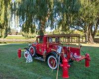 Ford Model 1930 en brandlastbil Arkivbild