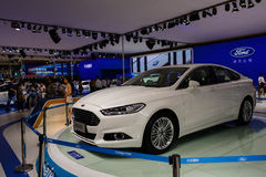 Ford Mondeo op 2014 CDMS Stock Foto's