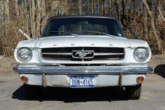 1964年Ford Mustang敞篷车 图库摄影