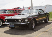 1969年Ford Mustang马赫1侧视图 免版税库存图片