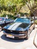 Ford Mustang bij een tentoonstelling van oude auto's in de Karmiel-stad Royalty-vrije Stock Foto's