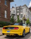 2016 Ford Mustang, ` del callejón del mustango del `, travesía ideal de Woodward, MI Foto de archivo