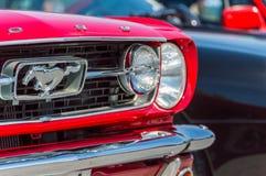 Ford Mustang en el circuito de Barcelona, Cataluña, España imagen de archivo libre de regalías