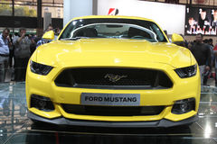 Ford Mustang en el salón del automóvil 2014 de París Imágenes de archivo libres de regalías
