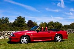 1989年Ford Mustang GT敞篷车 免版税库存图片