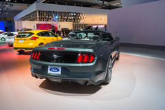 Ford Mustang GT convertibel op vertoning Stock Foto