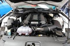 Ford Mustang GT montré à la 3ème édition de l'EXPOSITION de MOTO à Cracovie Pologne Image libre de droits