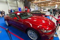 Ford mustang GT wystawiający przy 3rd wydaniem MOTO przedstawienie w Krakowskim Polska zdjęcia royalty free